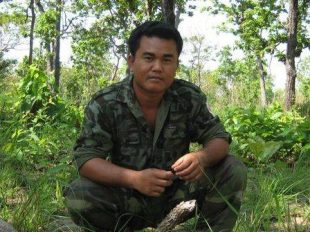 Aki Ra - portrait in the jungle